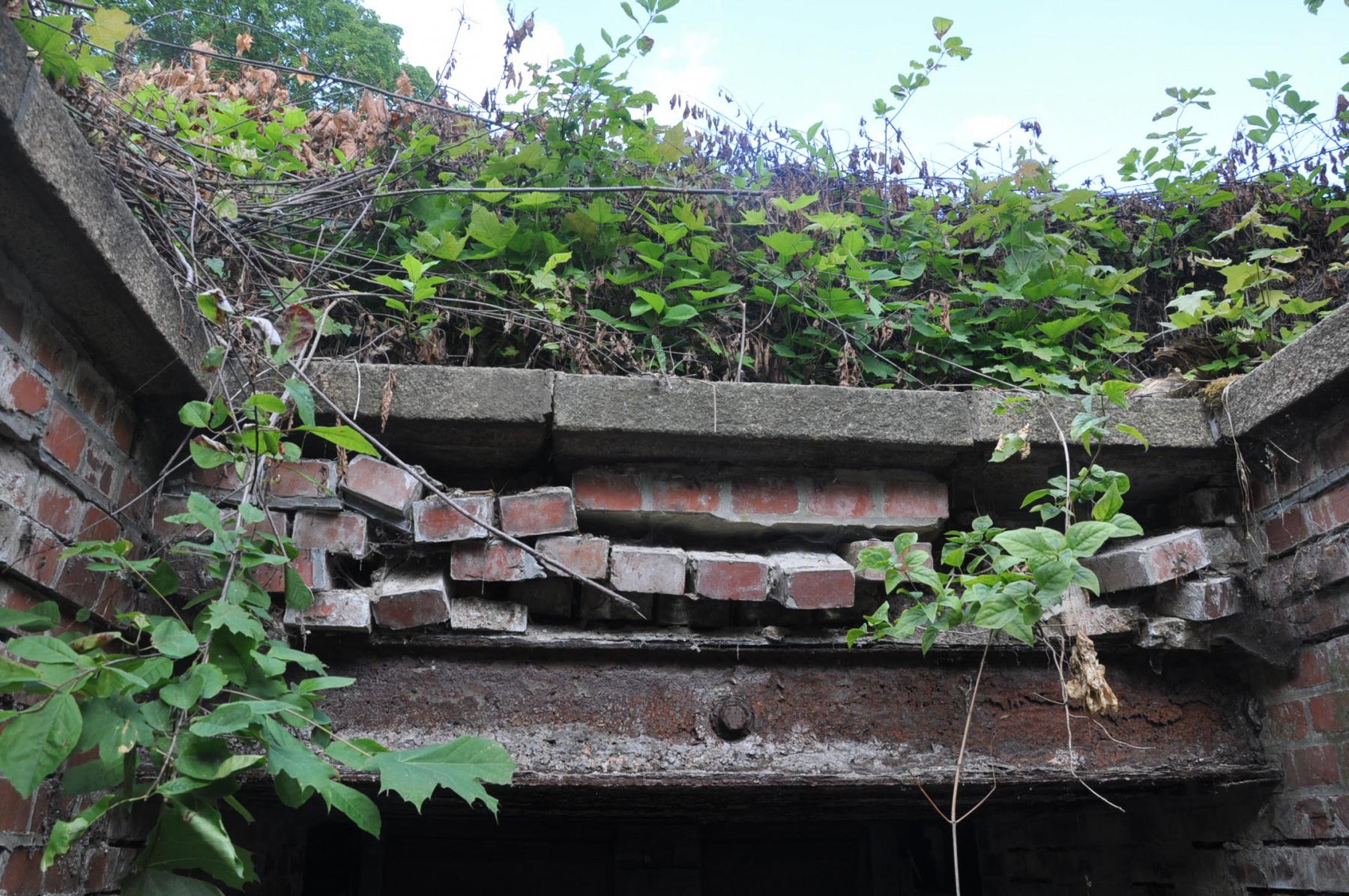 fort-IV-048